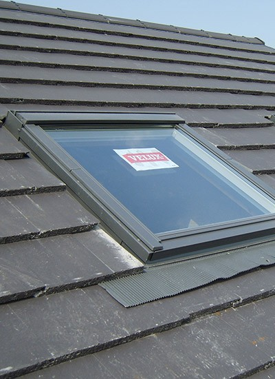 Velux windows leicester skylight installation your for How to clean velux skylights